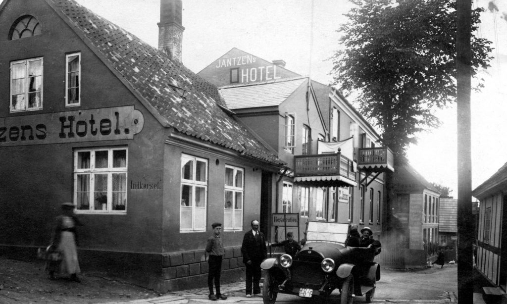Jantzens-Hotel147-2000x1200