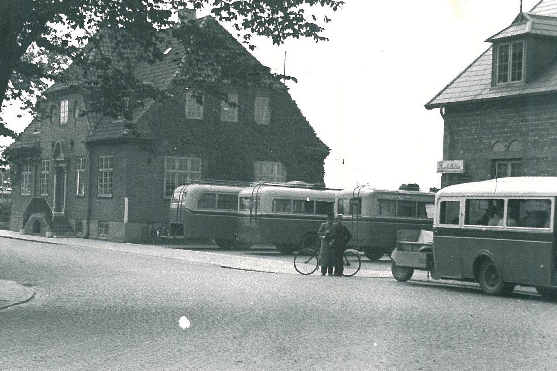 DBJ Rutebiler 40-erne1